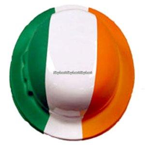 Bowler hatt i plast med irländska flaggan