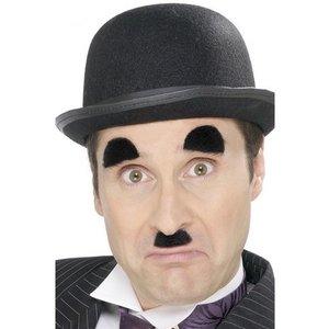 Chaplin mustasch och ögonbryn