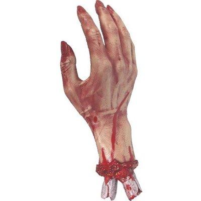 Avhuggen blodig hand